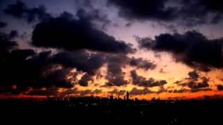 Play Zeppelin (Extended Mix)