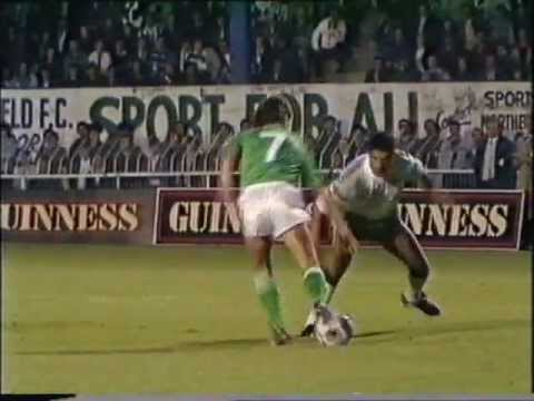 Northern Ireland v Republic Ireland 1988 1st Half.wmv