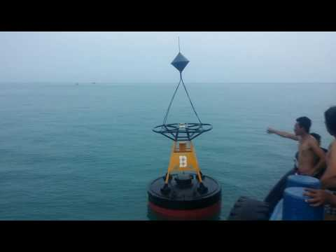 Buoy and beacon at port Sihanoukville Cambodia, Asia part 1-នេះជាពោងសញ្ញាសំរាប់នាវាចរាចរណ៍