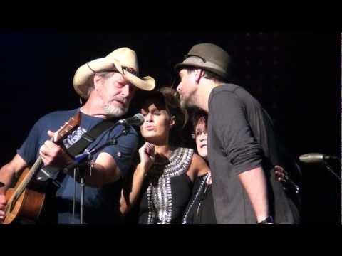 Dead Ringer Band - Bill, Kasey, Nash & Diane Chambers - Sin City
