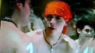 Buscando a un Bobito (Parodia Somos Tu y Yo) Thumbnail