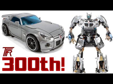 Transformers HFTD Human Alliance AUTOBOT JAZZ (2010) Toy Review!