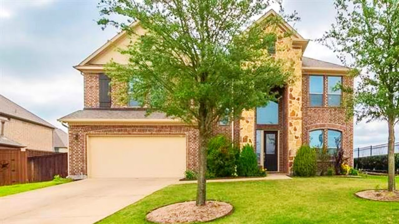 Better Than New! 3,743 SF, Pergola, Game & Media Rooms, Built-ins, NE of Dallas Home For Sale