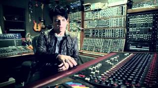 GARY NUMAN  TALKS ABOUT ULTRAVOX.