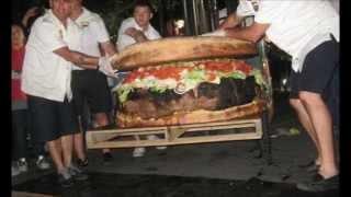 شاهد أكبر 15 وجبة طعام في العالم