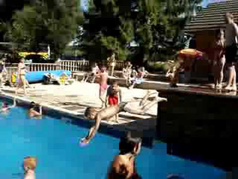 Piscine de ounans avec le centre de baume les dames youtube for Les piscines