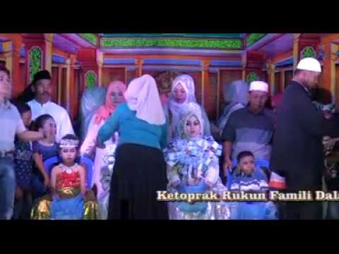 #18. Temangan Dan Tari Rukun Famili.