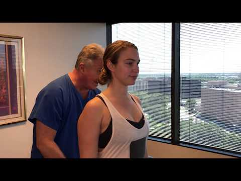 Houstonian Lady With Sacroiliac Joint Pain Adjusted At Advanced Chiropractic Relief