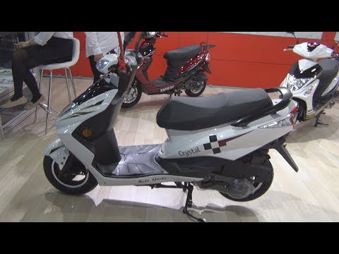 RMG Moto Gusto Crystal (2019) Exterior and Interior