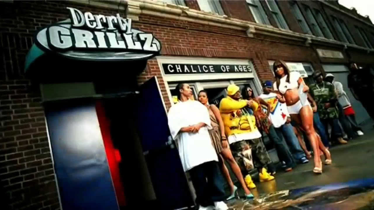 Download Paul Wall - Grillz (GMixx) Feat. The Game, Nelly, Ali & Gipp (Video)