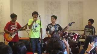 Tamish Pulappadi @Taaqademy, Song: Kolaveri Di, Band: H2O Processor- Indian Rock Band