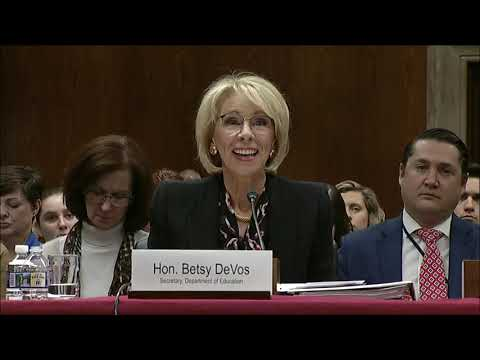 murray-questions-devos-on-delayed-relief-for-defrauded-student-loan-borrowers