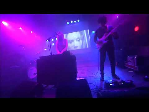 Still Corners, Vera - Groningen Live 2018 2 songs