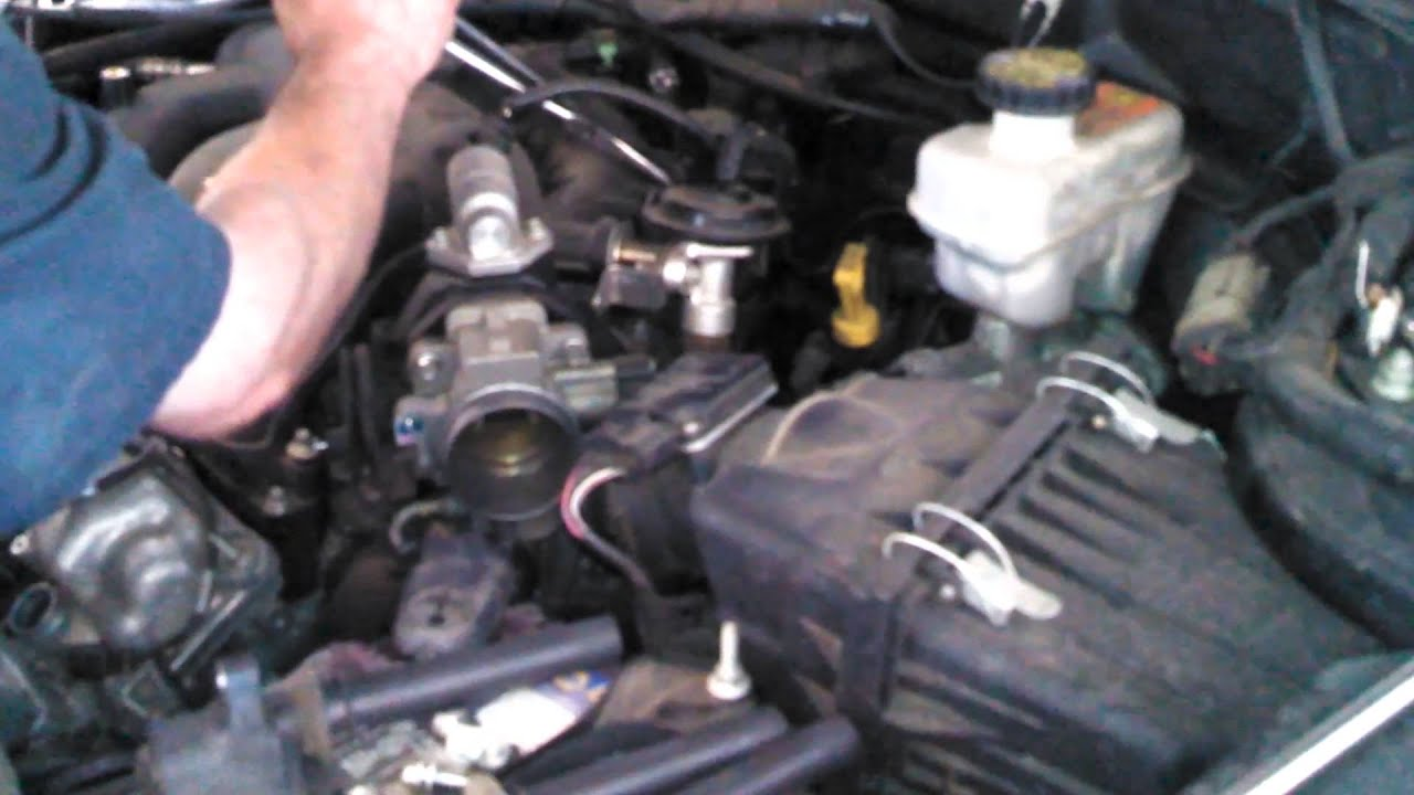 Spark Plug Replacement 2005 2008 Ford Escape 30l V6 Tune Up 3 Valve Engine Diagram Install Remove Replace How To Youtube