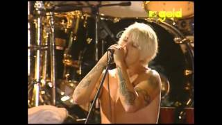 Red Hot Chili Peppers - Suck My Kiss - Live in Red Square, Moscow [HD]