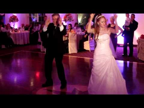 Funny Father Daughter Wedding Dance - Dad Does the Dougie