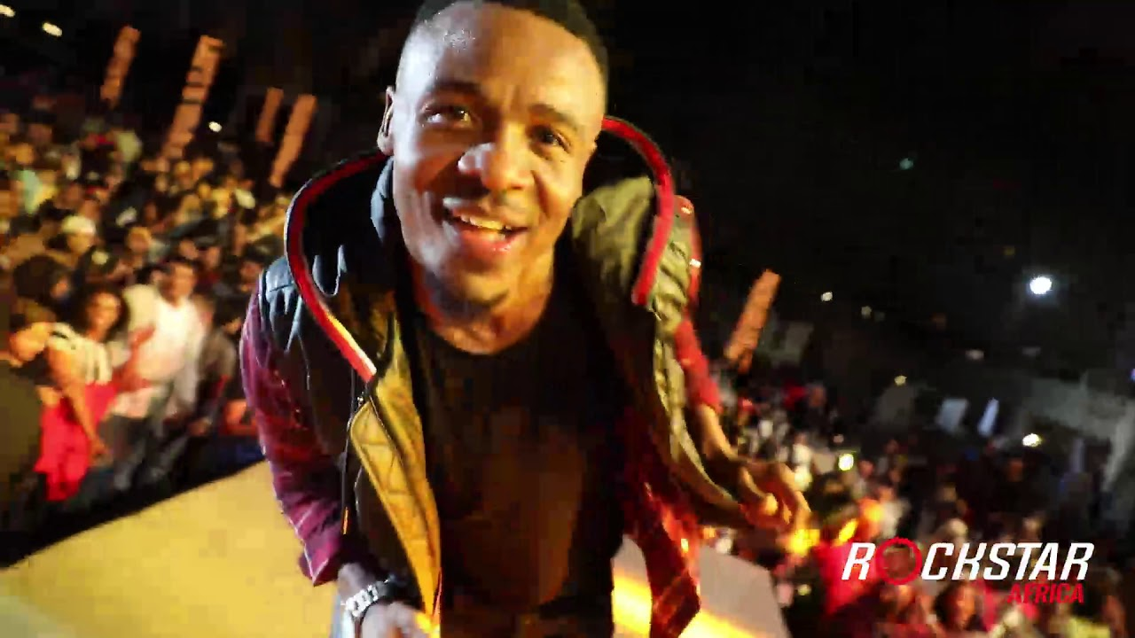 Download ALIKIBA LIVE PERFORMANCE IN MUSCAT, OMAN (PART-2)