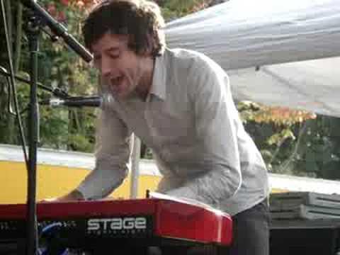 Matt Costa- Mr. Pitiful [Live]