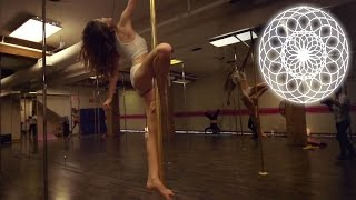 Repeat youtube video Needed me (Rihanna) - Pole routine by Julia Henschel