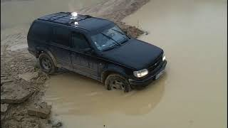 Ford Explorer Offroad in LAH