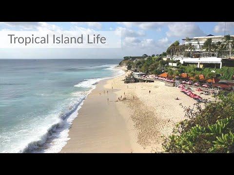 "Dreamland beach, a paradise in BALI, take a tour one of the ""hidden"" beaches on the island."