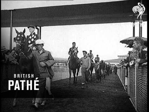 Mudlarks Horse Race Lner (1937)