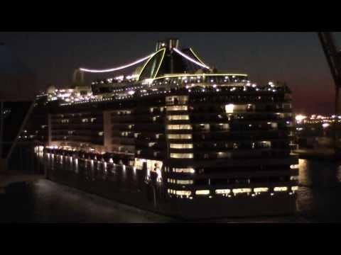 MSC Splendida Vs Costa Pacifica Barcelona