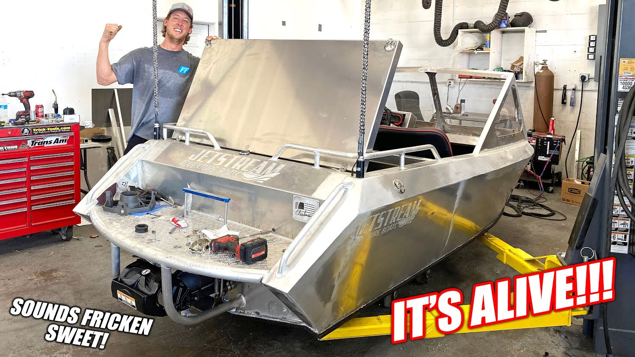 Florida Man Fires Up His 300 Horsepower Mini Jet Boat For the FIRST TIME!!! (Pike is a Ripper)