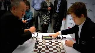 En Hızlı Satranç Turnuvasında Dünyanın En İyisi Magnus Carlsen