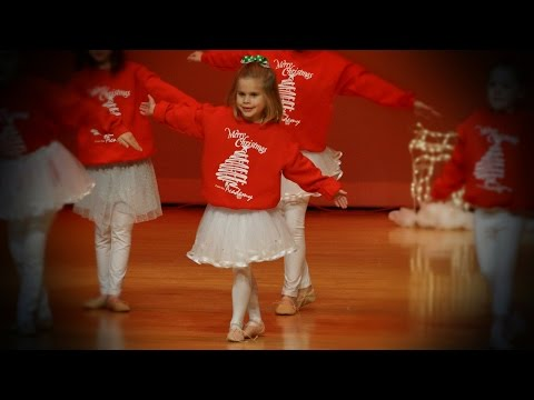 Kaydence's Christmas Dance Recital (The First Noel, Carrie Underwood)