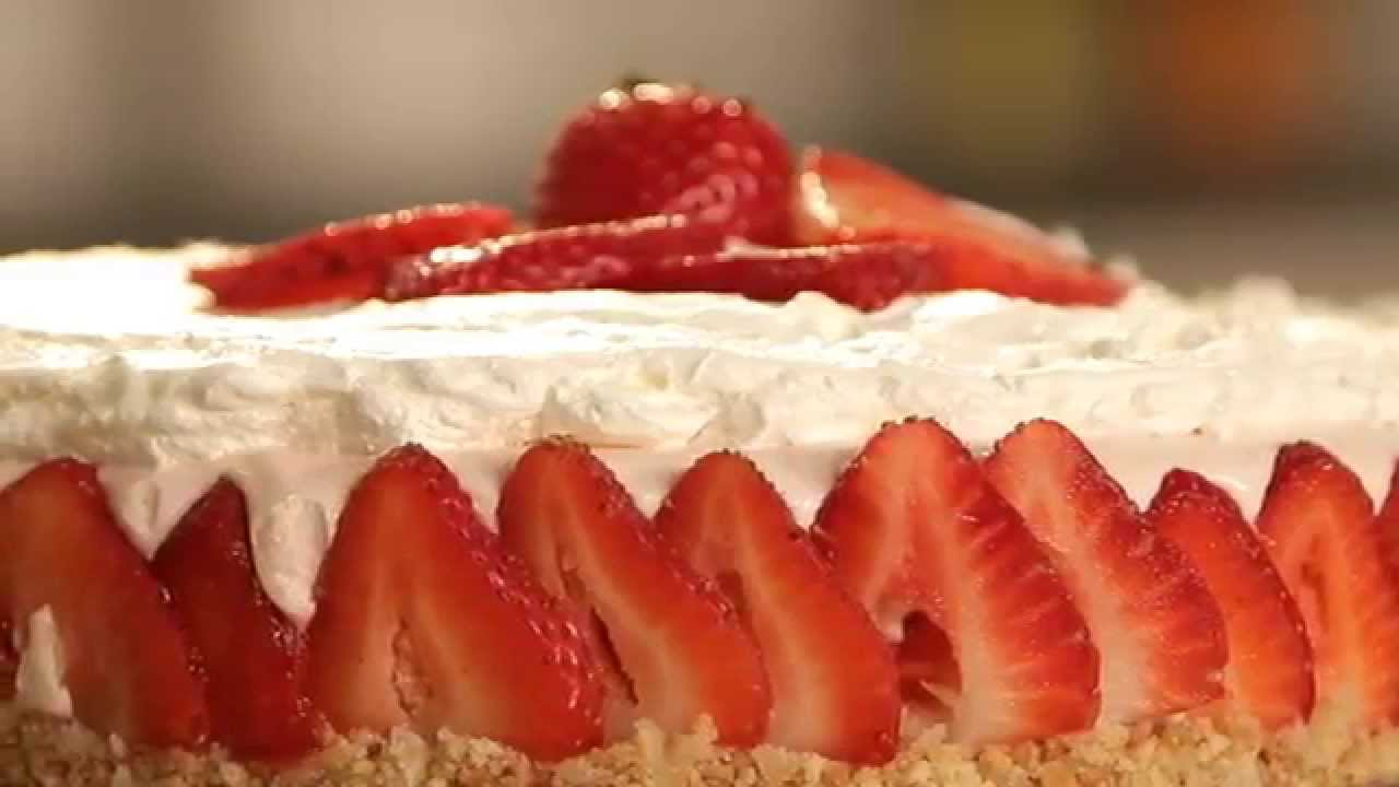 No-Bake Strawberry Cheesecake Supreme Recipe ...