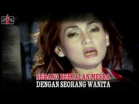 Nia Daniaty - Tak Ingin Seperti Dia [ Official Music Video ]