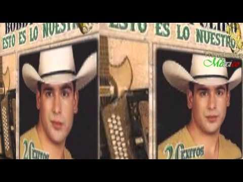 Bobby Pulido con mariachi – La diferencia, Costumbres En concierto