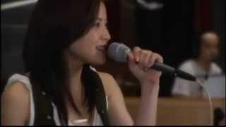 松浦亜弥さんのデビュー曲なのですが、これはリリース後5年経ってスタジ...
