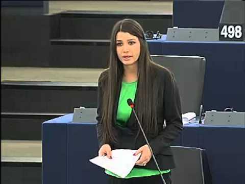 Să râdem cu/de EBA. Cacofonia, regina discriminării la Strasbourg (VIDEO)