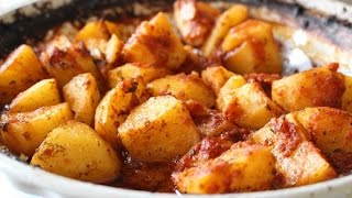 Easy Roasted Potatoes In Tomato Sauce