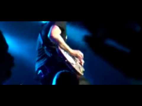 blink-182:-down-(live-edit-2009)