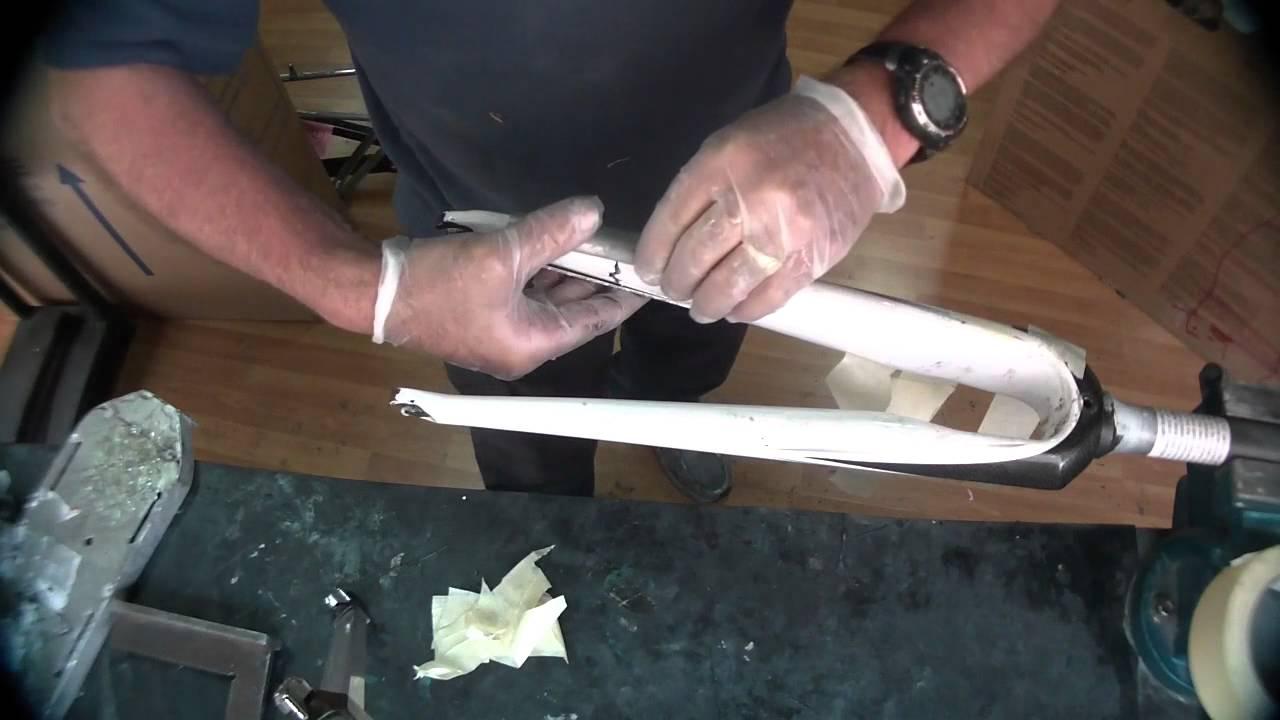 reparacion horquilla carbono - YouTube