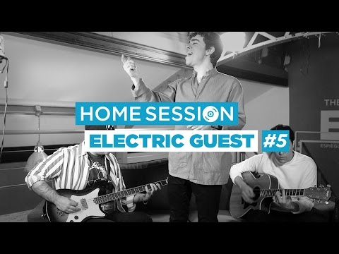 Electric Guest en Live - This head i hold #5