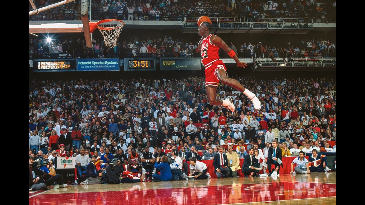 Michael Jordan's Legendary Free Throw Line Dunk HD - YouTube