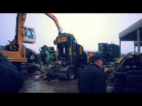 LEFORT mobile 500T scrap metal shear baler