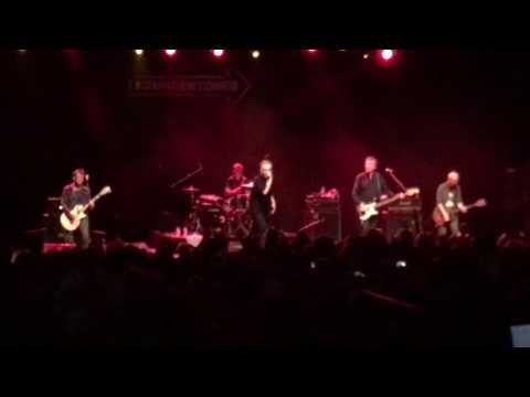 The Undertones - Teenage Kicks @ The Forum 21/10/16