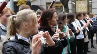парад духовых оркестров в Саратове(Подробнее тут -, 2016-10-09T12:44:09.000Z)
