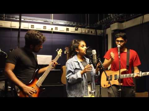 Kuluvalile (A R Rahman) x Crazy in Love (Beyonce) Live Cover