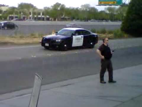 President Obama motorcade in Fremont California 5-26-10