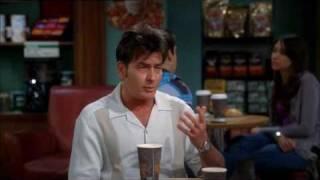 TWO and a half MEN Staffel 7 Folge 15 -Szene- Charlie hat sich auf ein Baby übergeben.