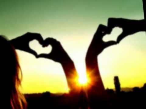 песня она вернется скачать бесплатно. Песня   Все пройдет и все вернется, только ты поверь И ПРОШУ, НЕ ЗАБЫВАЙ, ЧТО КАЖДЫЙ ДЕНЬ И ЧАС, ЖДУ ТЕБЯ, О НАС МЕЧТАЮ, ДУМАЮ О НАС Сердце пополам, помоги согреться нам. За любовь твою, Родной мой я с улыбкой все отд