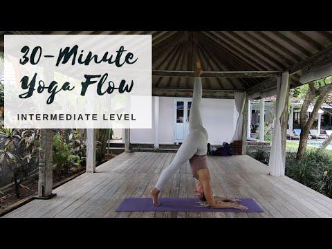 POWER YOGA FLOW | 30-Minute Intermediate Yoga | CAT MEFFAN