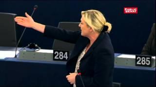 Marine Le Pen appelle Tsipras à sortir de l'euro