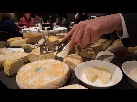 BEST CHEESE TABLE DISPLAY EVER?!